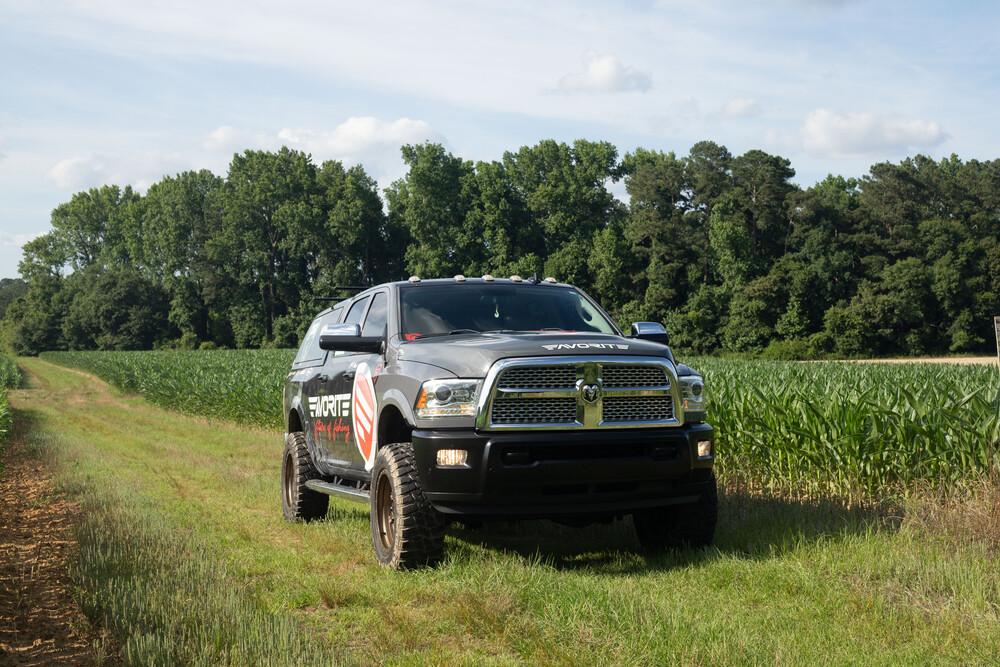 landspider wildtraxx mt tires
