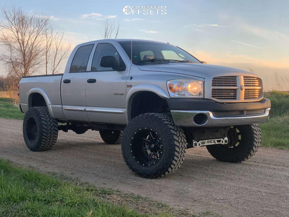 dodge ram 1500 fuel maverick wheels rough country suspension lift