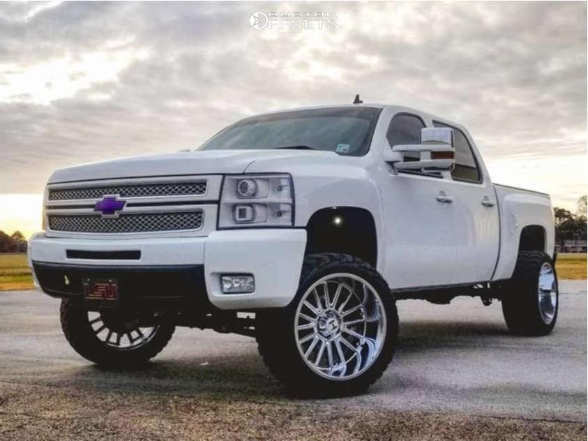 2013 chevy Silverado 1500 hostile wheels
